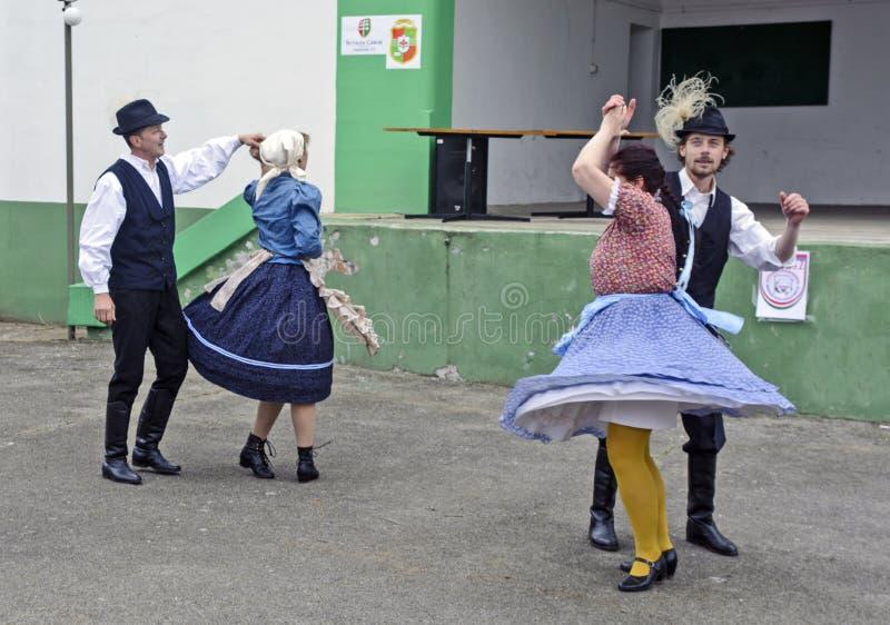 Dança nacional húngara imagem de stock royalty free