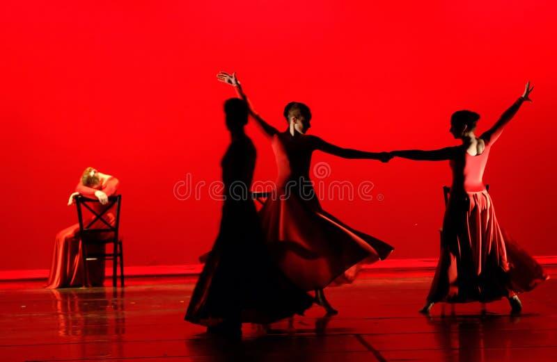 Dança no vermelho imagem de stock royalty free