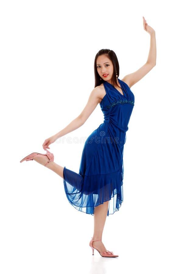 Dança oriental da mulher imagens de stock