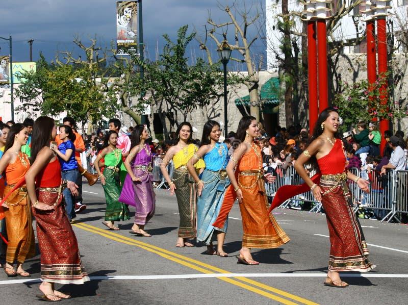 Dança tailandesa na parada chinesa do ano novo imagem de stock royalty free