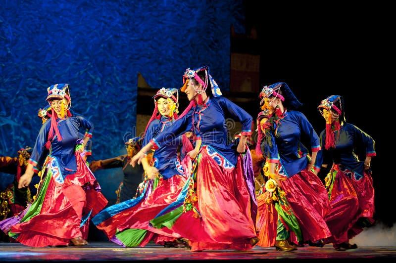 Dançarino étnico tibetano fotografia de stock