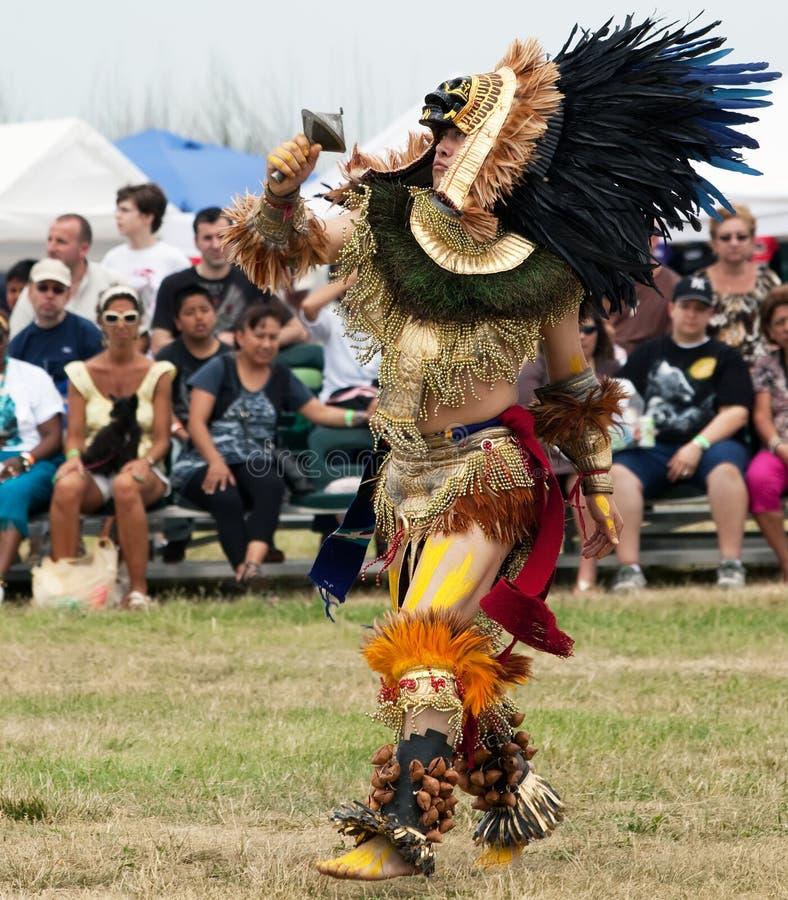 Dançarino asteca imagem de stock