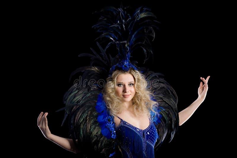 Dançarino da menina em um traje do carnaval fotos de stock