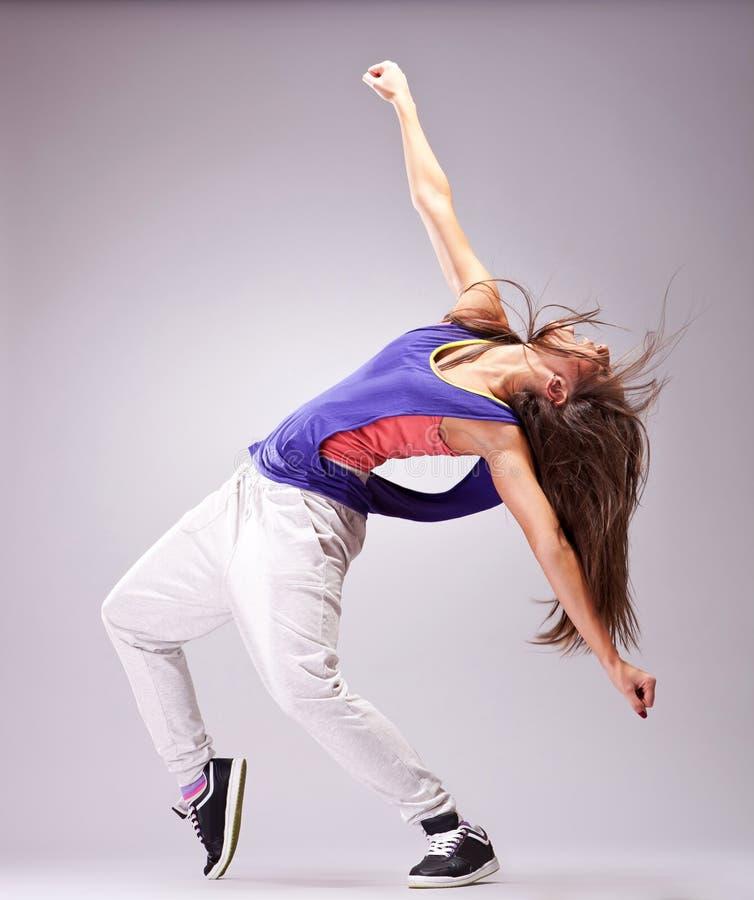 Dançarino bonito da mulher foto de stock