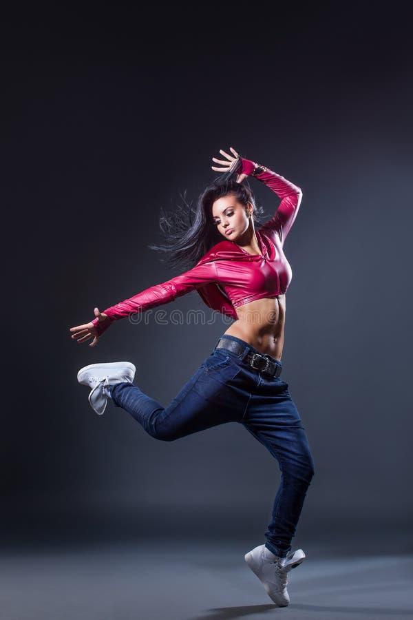 Download O dançarino imagem de stock. Imagem de saltar, menina - 29835775
