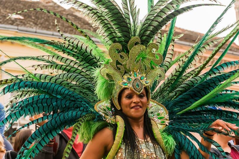 Dançarino brasileiro do carnaval fotografia de stock