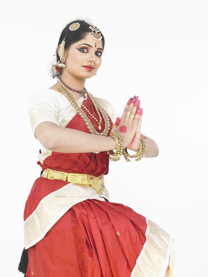 Dançarino clássico fêmea de india foto de stock royalty free