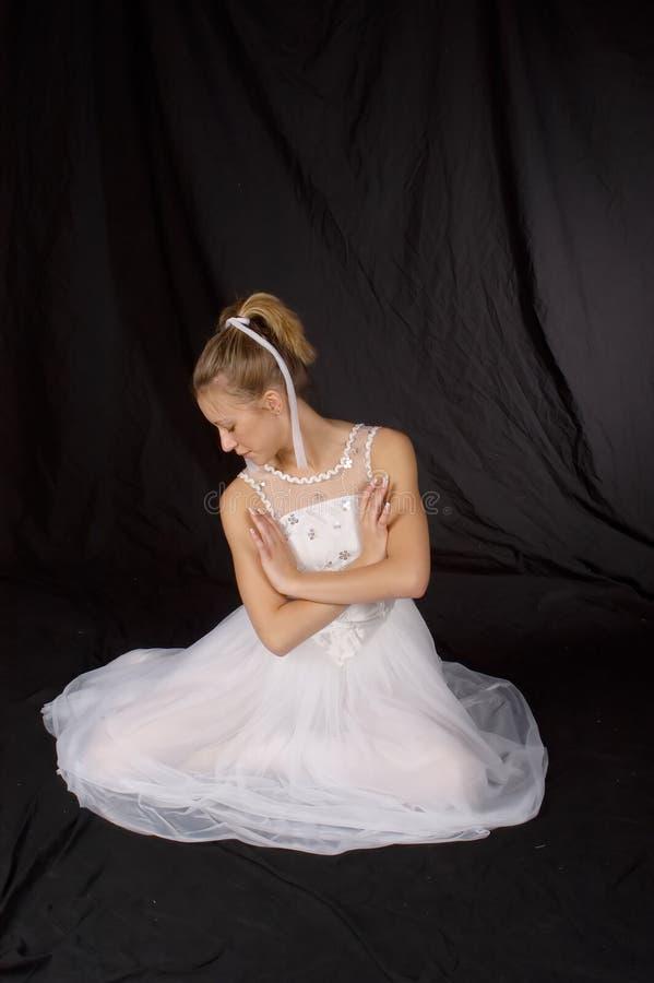 Dançarino de bailado - comprimento cheio fotografia de stock royalty free
