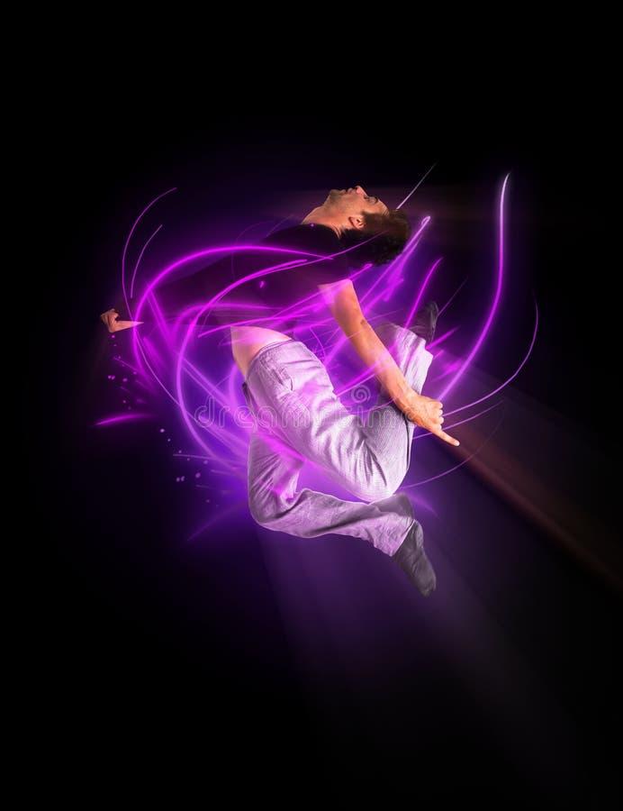 Dançarino de bailado moderno à moda que salta 2 fotografia de stock royalty free