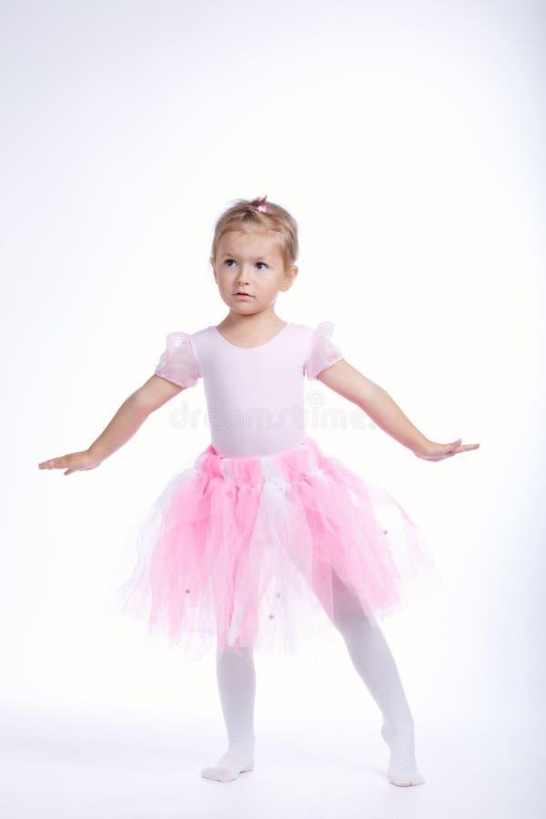 Dançarino de Balerina no fundo brilhante fotografia de stock royalty free