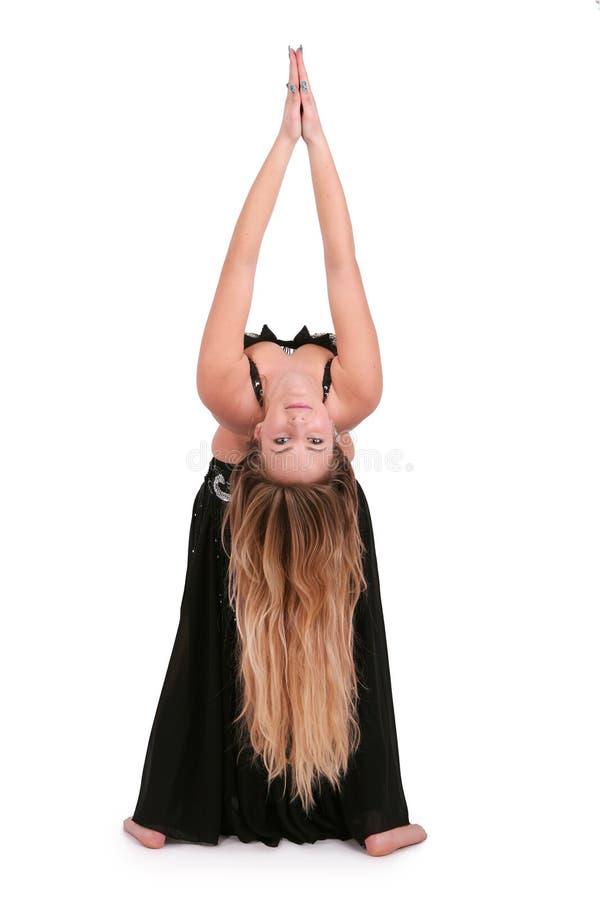 Dançarino de barriga atrativo fotografia de stock