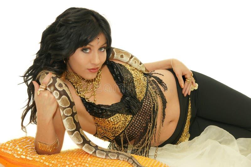 Dançarino de barriga com serpente fotografia de stock royalty free