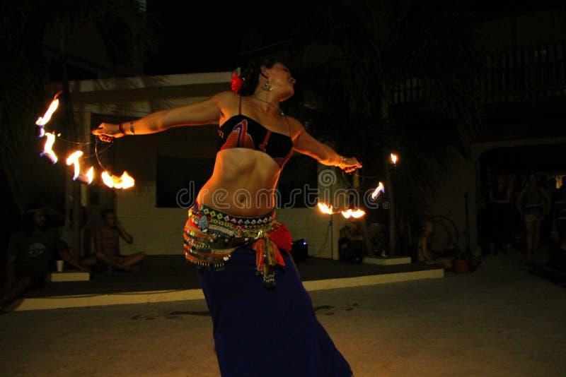 Dançarino do fogo fotografia de stock