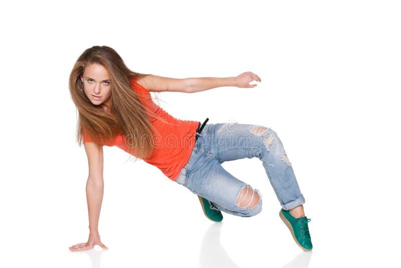 Dançarino do hip-hop da mulher sobre o fundo branco foto de stock royalty free