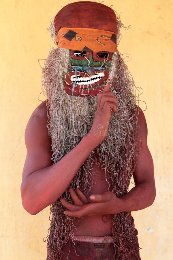 Dançarino em uma cerimônia de Gule Wamkulu, Malawi de Nyau fotografia de stock royalty free
