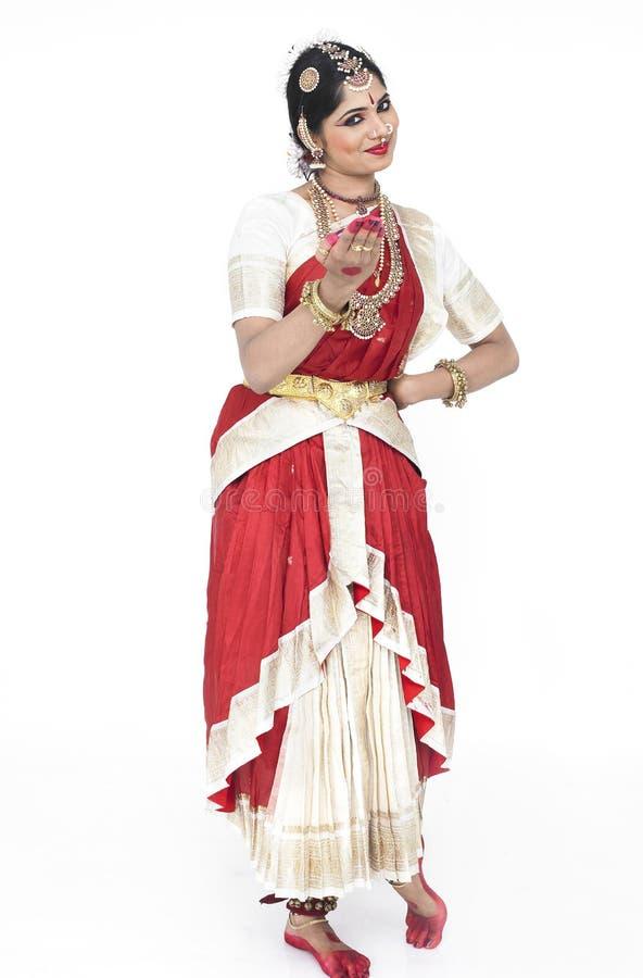 Dançarino fêmea novo de india imagem de stock royalty free