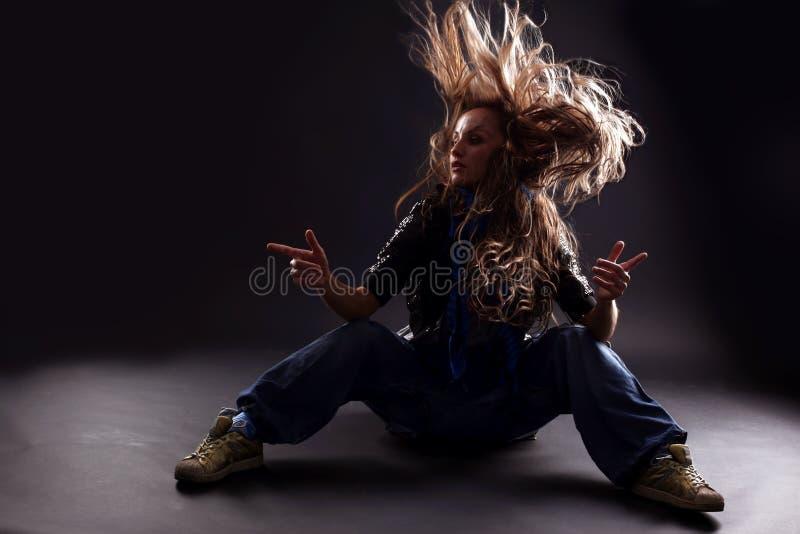Dançarino fresco da mulher foto de stock royalty free