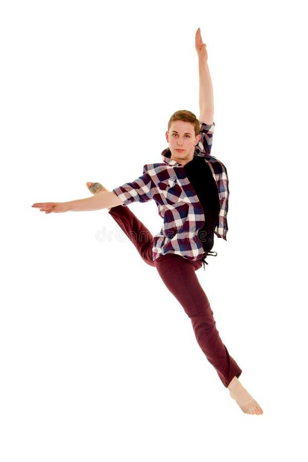 Dançarino lírico contemporâneo masculino no pulo do voo fotografia de stock royalty free