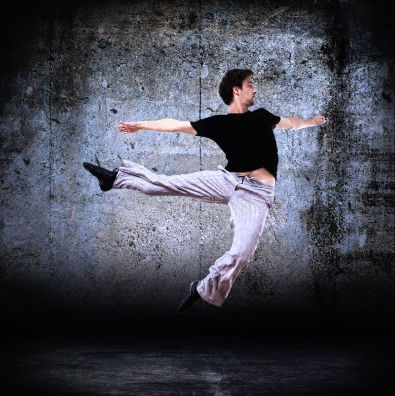 Dançarino moderno à moda que levanta 2 imagem de stock royalty free