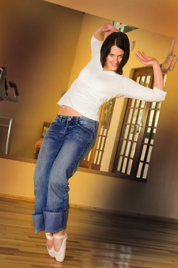 Dançarino moderno #2 imagens de stock royalty free