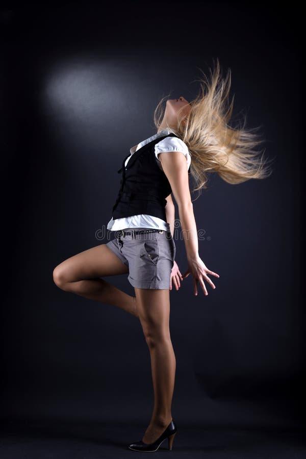 Dançarino moderno da mulher na ação fotografia de stock