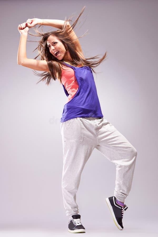 Dançarino moderno do estilo que levanta e que grita imagens de stock royalty free