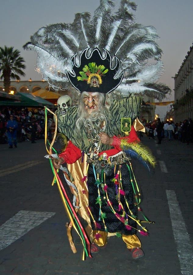 Dançarino no carnaval em Peru fotos de stock