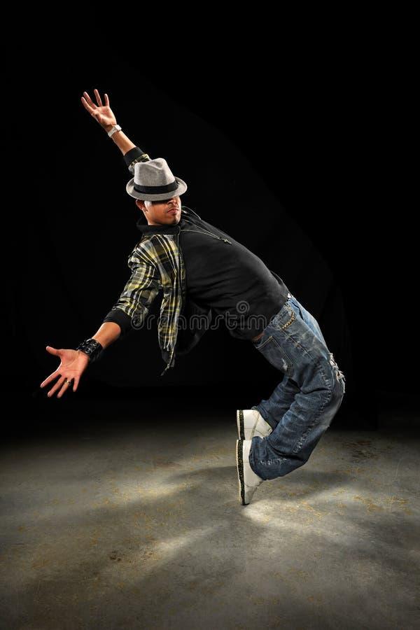 Dançarino novo de Hip Hop do afro-americano imagens de stock