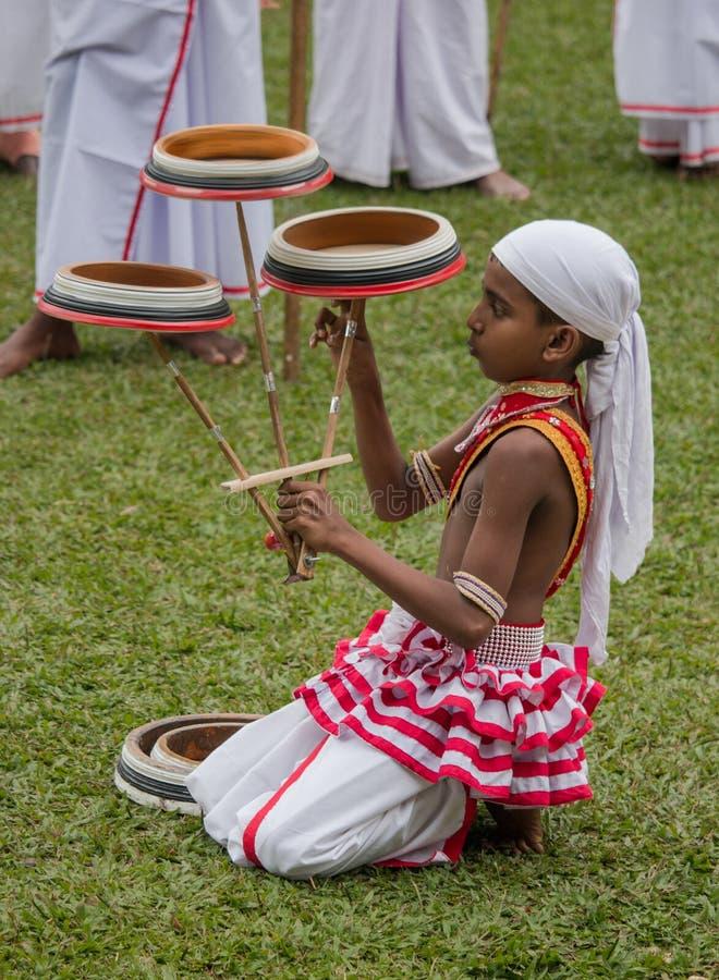 Dançarino tradicional pequeno foto de stock royalty free