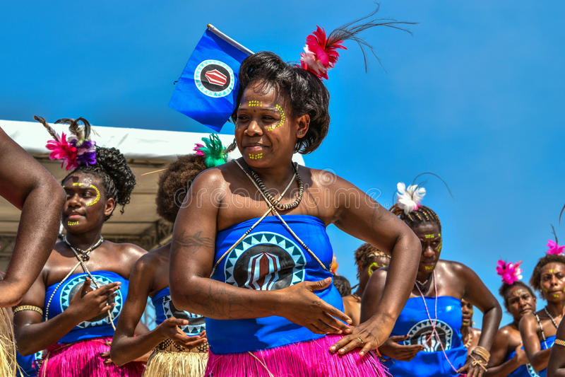Dançarinos de Papuásia-Nova Guiné Bougainville fotografia de stock royalty free