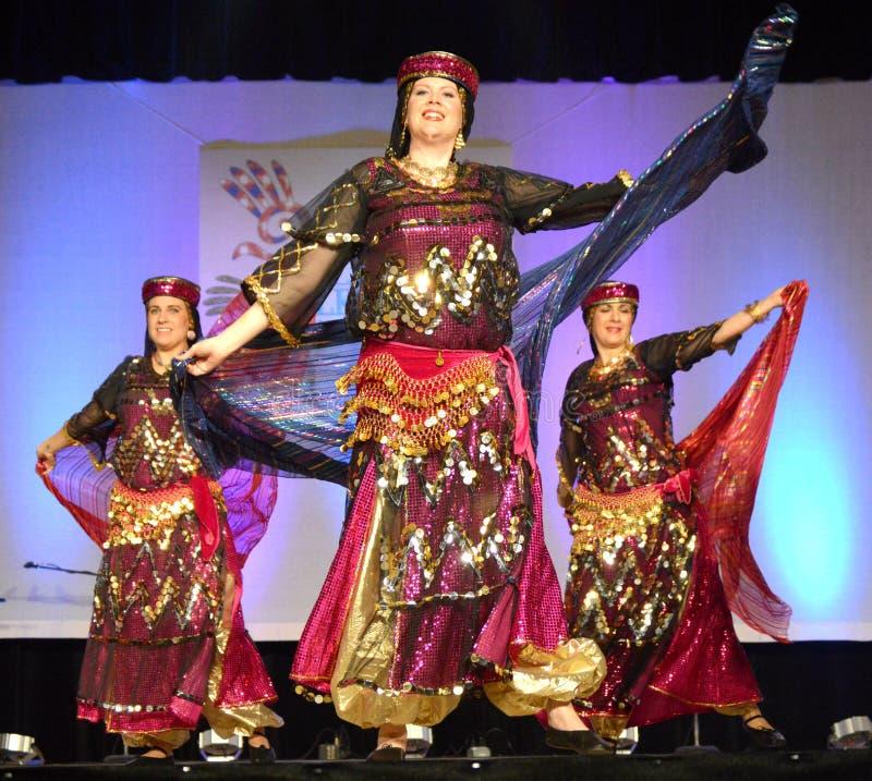 Dançarinos do Oriente Médio imagem de stock