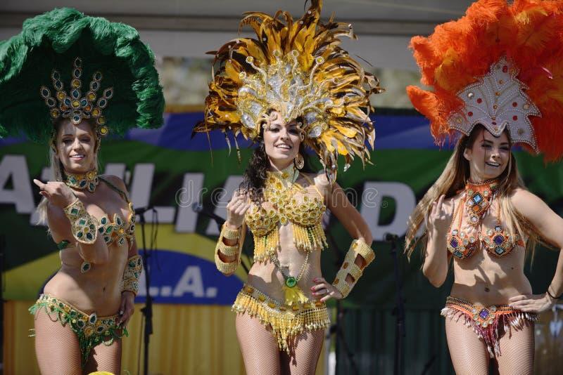 Dançarinos do samba foto de stock