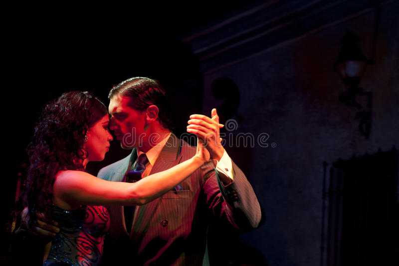 Dançarinos do tango fotos de stock royalty free