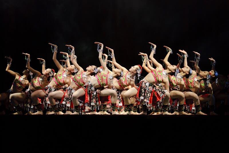 Dançarinos modernos chineses imagens de stock royalty free