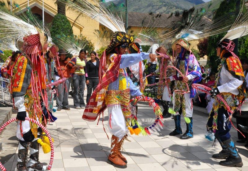 Dançarinos peruanos trajados imagem de stock royalty free