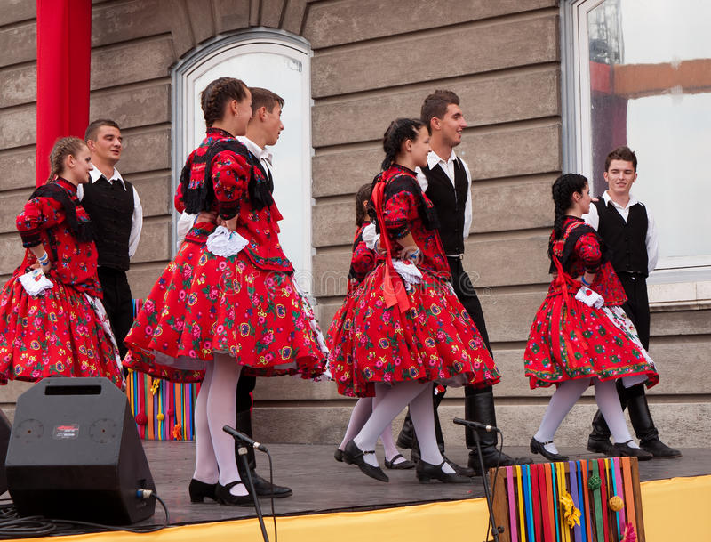 Dançarinos populares fotografia de stock