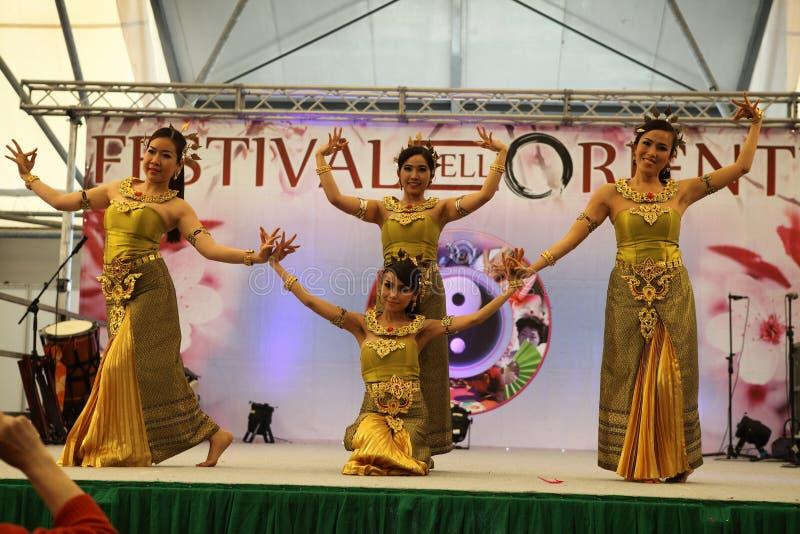 Dançarinos tailandeses fotografia de stock royalty free