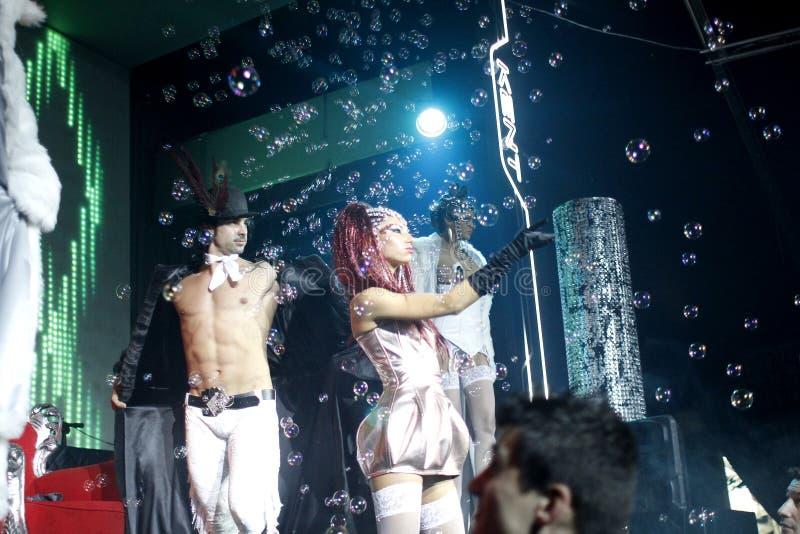 Dançarinos trajados - partido do carnaval imagem de stock