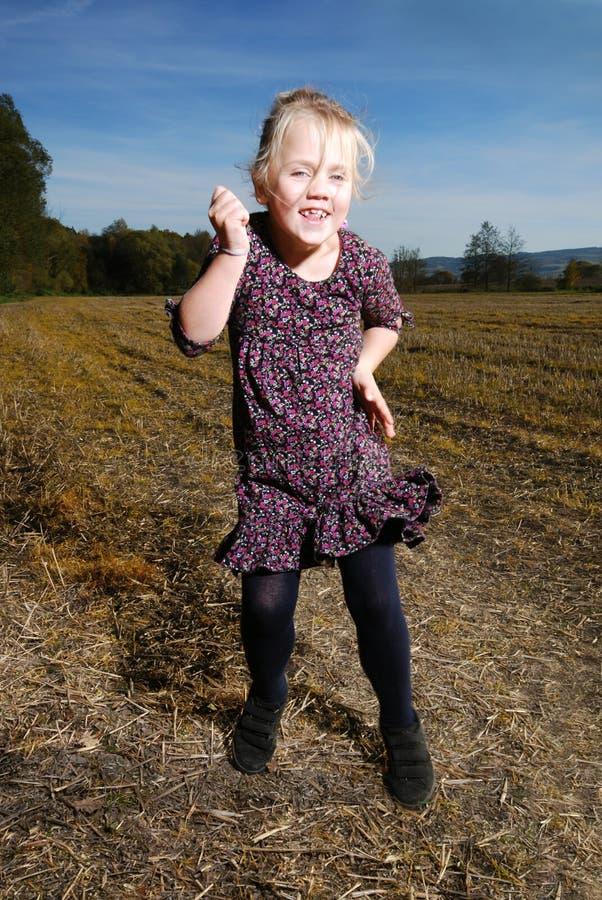 Danças da menina imagens de stock royalty free