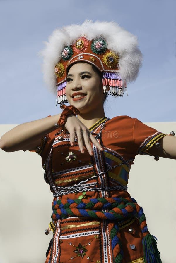 Danças populares chinesas imagem de stock royalty free