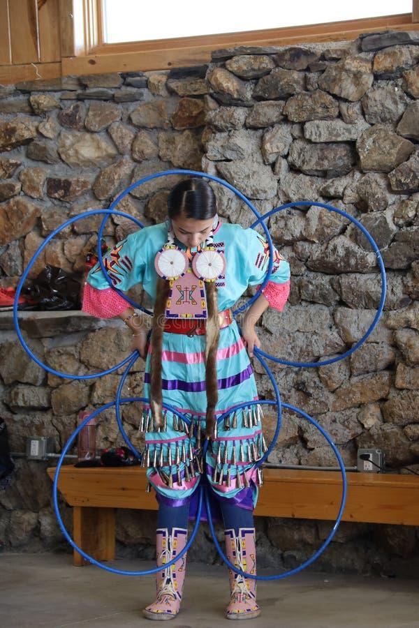 Dan?arinos do nativo americano imagens de stock royalty free