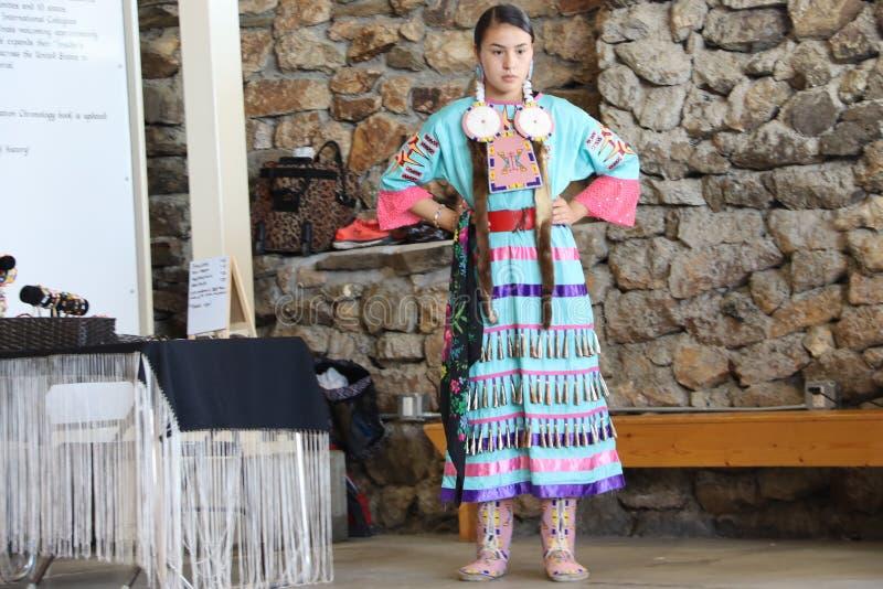 Dan?arinos do nativo americano imagem de stock royalty free
