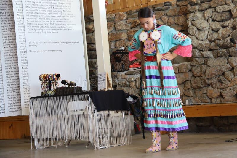 Dan?arinos do nativo americano fotografia de stock