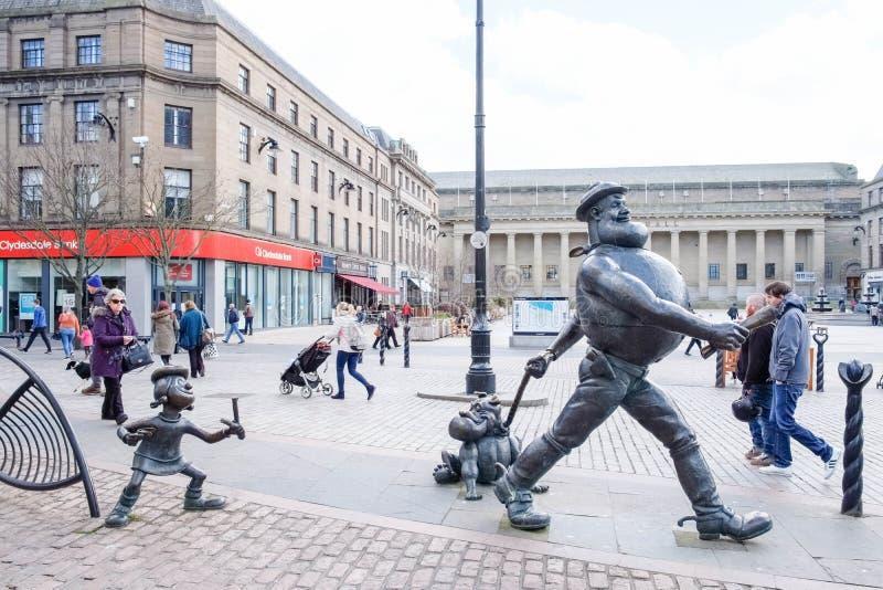 Dan disperato ed altre statue del carattere a Dundee Scozia immagini stock libere da diritti