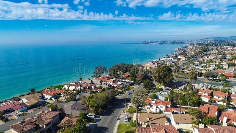 Dana Point aérienne prise de la plage de Capistrano photos stock