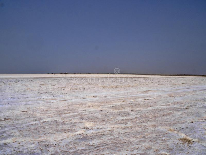 Danakil消沉的不尽的盐沙漠 埃塞俄比亚 库存图片
