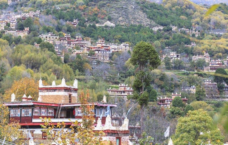 Danba Tibetaanse Dorpen in de herfst, Sichuan stock afbeeldingen