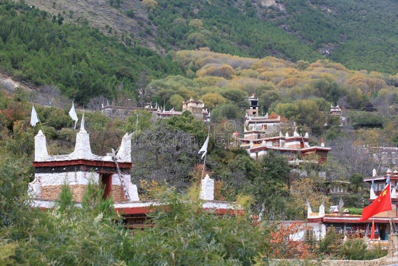Danba Tibetaanse Dorpen in de herfst, Sichuan stock afbeelding
