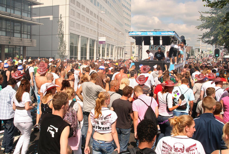 Download Dance Parade editorial photo. Image of netherlands, young - 10486631