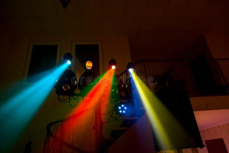 Dancefloor, lumières de disco, temps de partie photographie stock libre de droits